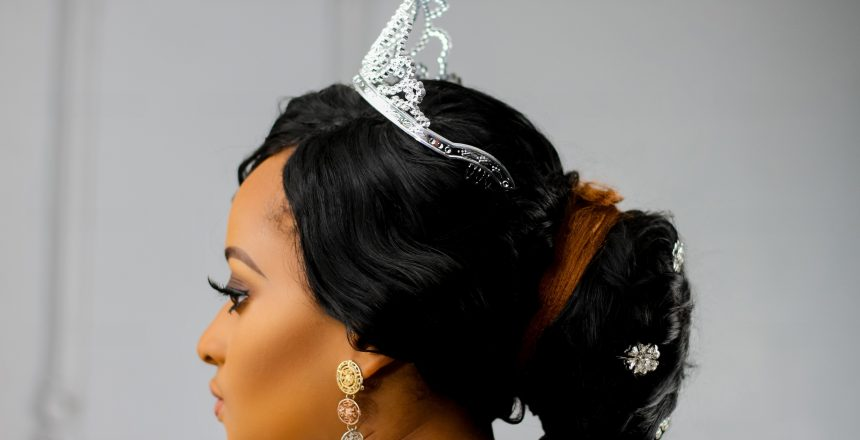 woman-wearing-silver-colored-crown-2078109